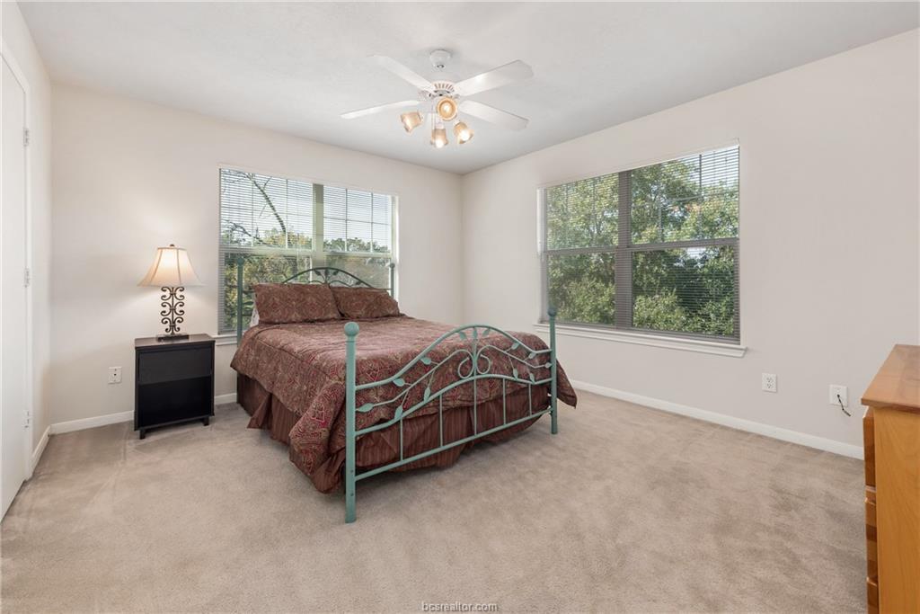 Closed | 1824 W Villa Maria Road Bryan, TX 77807 10