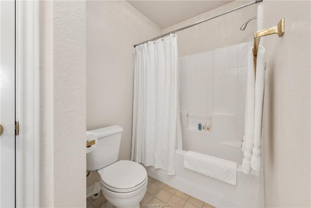 Closed | 1824 W Villa Maria Road Bryan, TX 77807 12