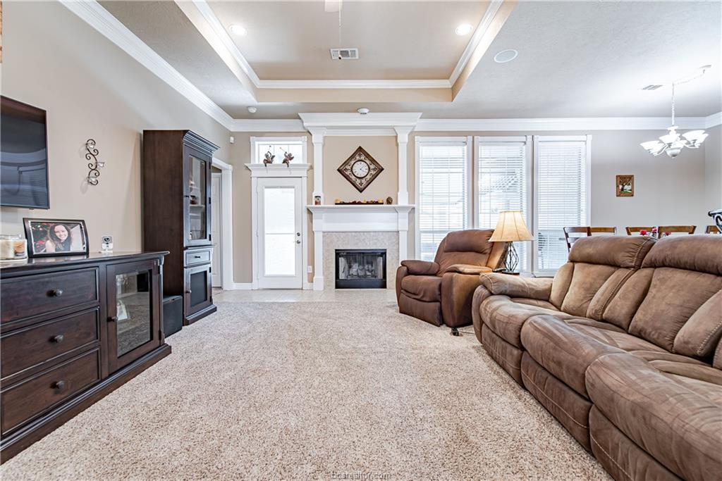 Closed | 309 Stoney Hills Court College Station, TX 77845 8