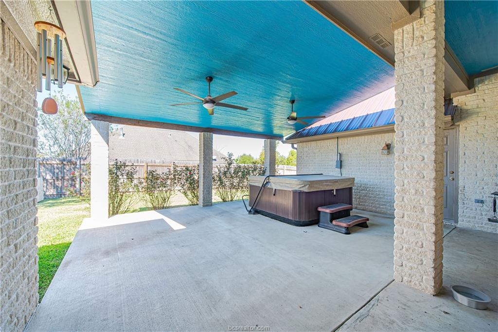 Closed | 309 Stoney Hills Court College Station, TX 77845 35