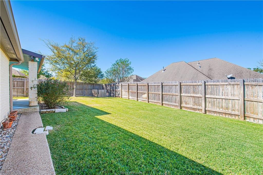 Closed | 309 Stoney Hills Court College Station, TX 77845 36