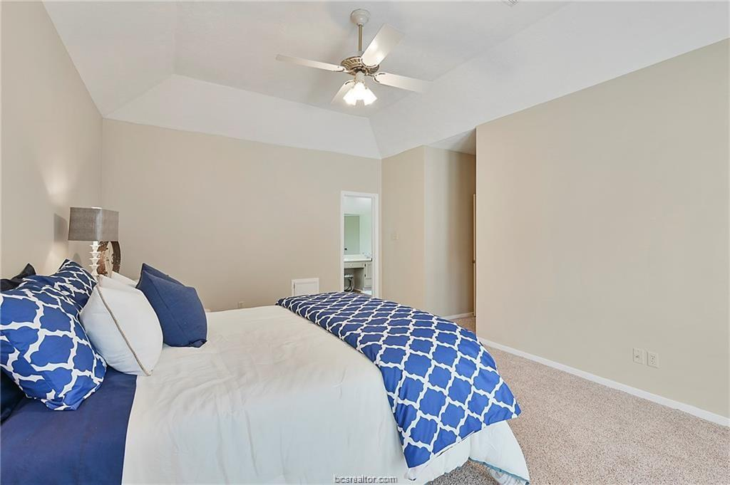 Pending | 8716 Bent Tree Drive College Station, TX 77845-5546 18