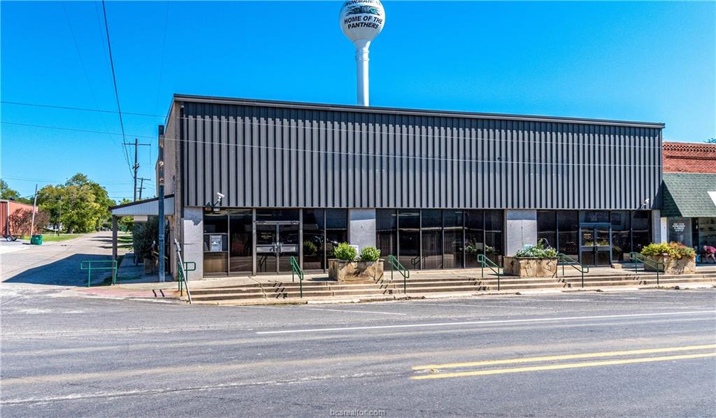 Active | 116 E Main Street Normangee, TX 77871 1