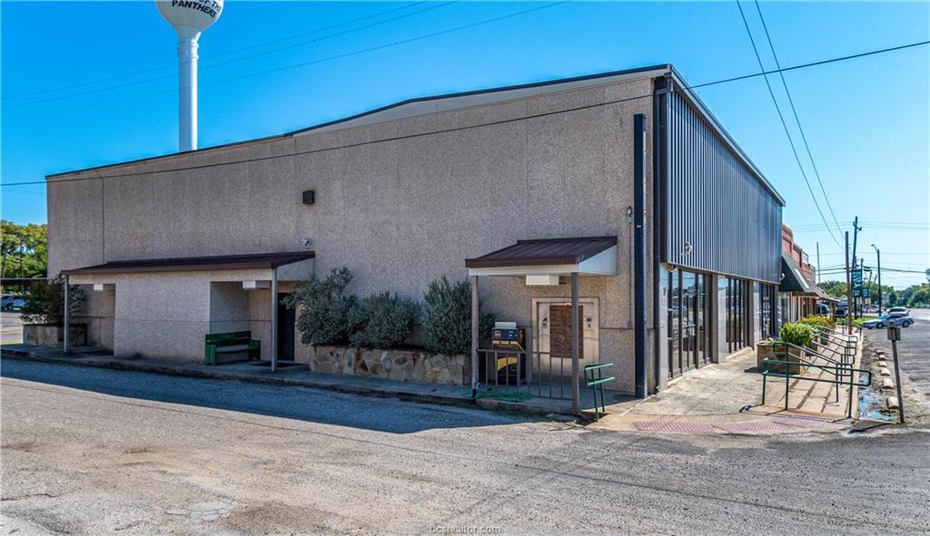 Active   116 E Main Street Normangee, TX 77871 2