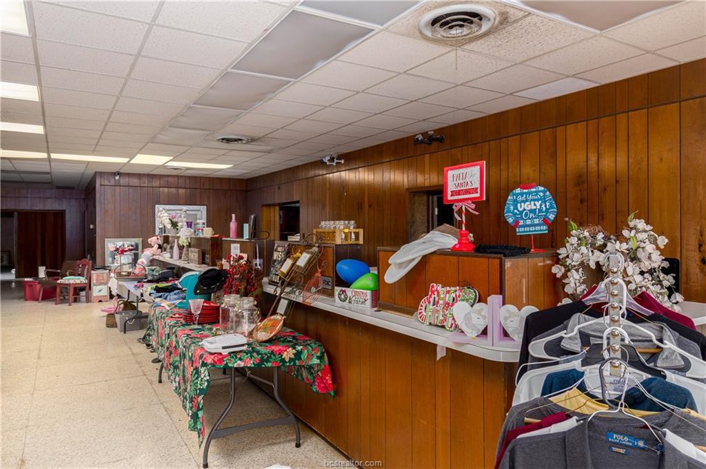 Active   116 E Main Street Normangee, TX 77871 13