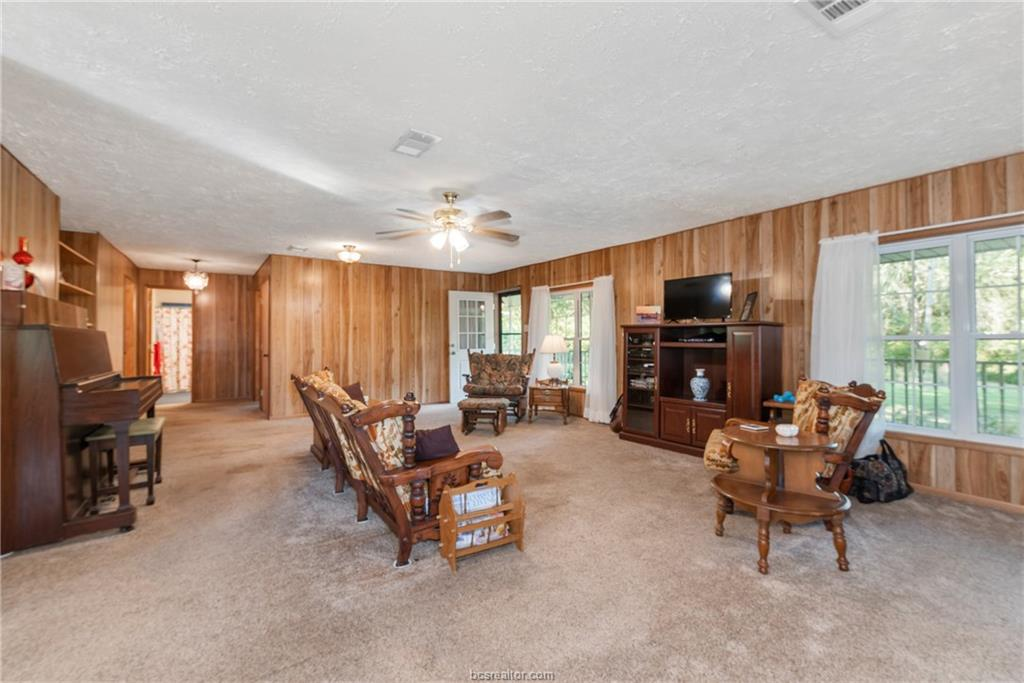 Closed | 7779 CR 461 Normangee, TX 77871 5