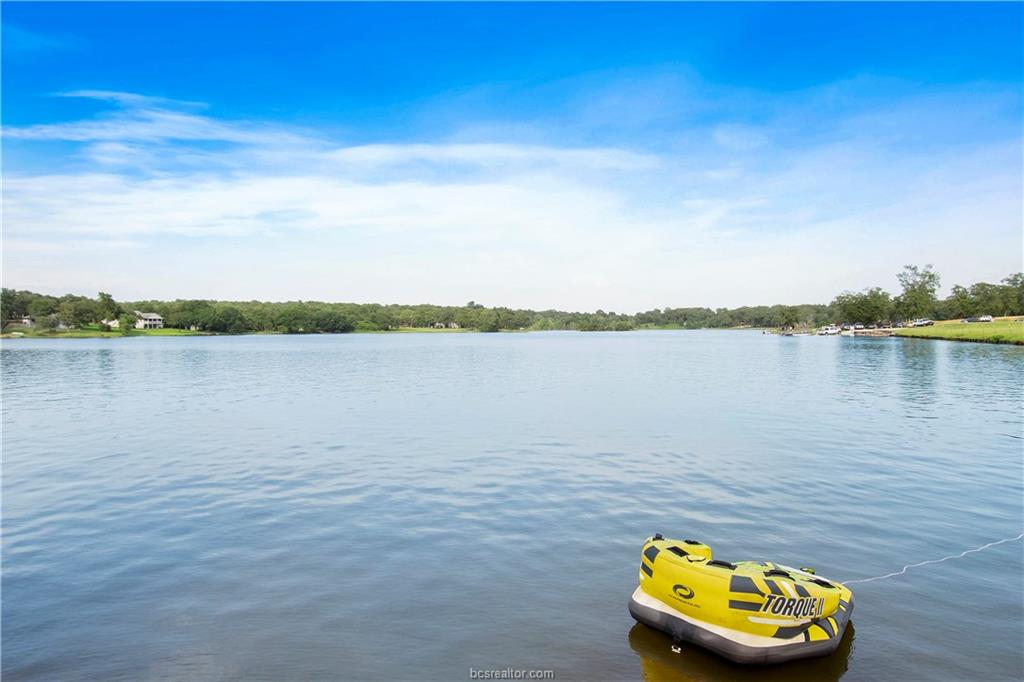 Closed | 51 Trailride Hilltop Lakes, TX 77871 3