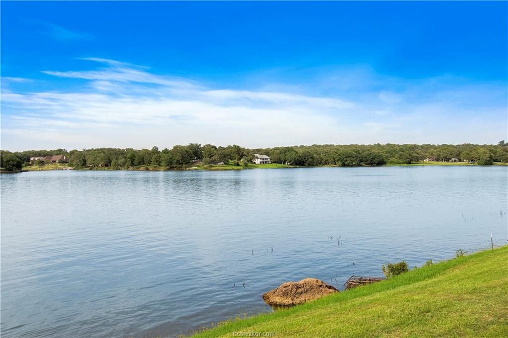 Closed | 51 Trailride Hilltop Lakes, TX 77871 6