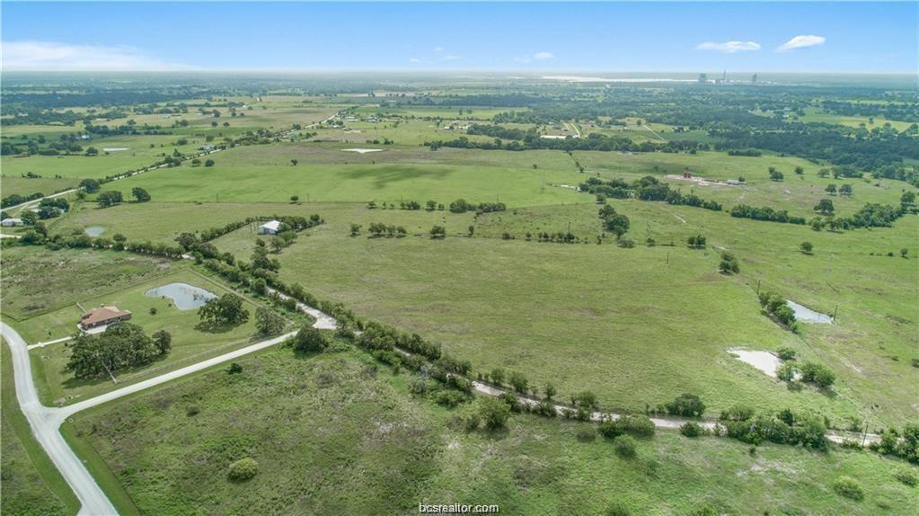 Pending | 12124 County Road 175 Iola, TX 77861 6