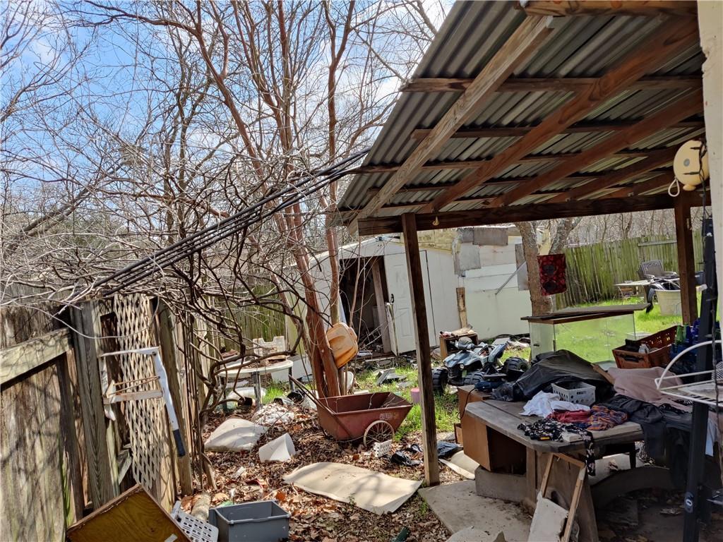 Pending | 7811 Whitsun Drive Austin, TX 78749 3