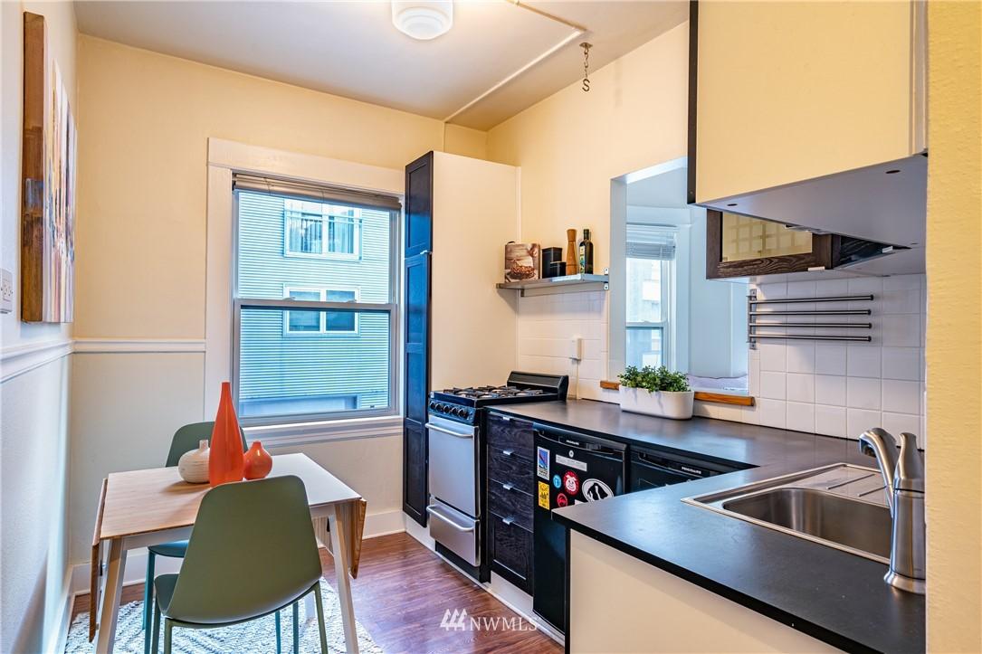 Sold Property | 115 Bellevue Avenue E #105 Seattle, WA 98102 7