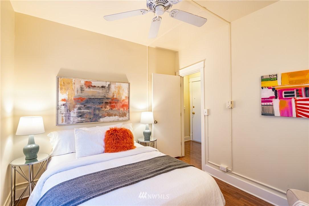 Sold Property | 115 Bellevue Avenue E #105 Seattle, WA 98102 10