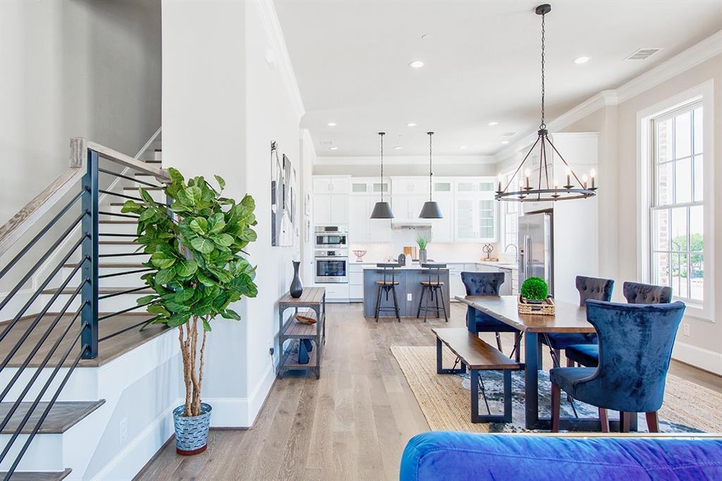 Sold Property   14975 Oak Street Addison, Texas 75001 1
