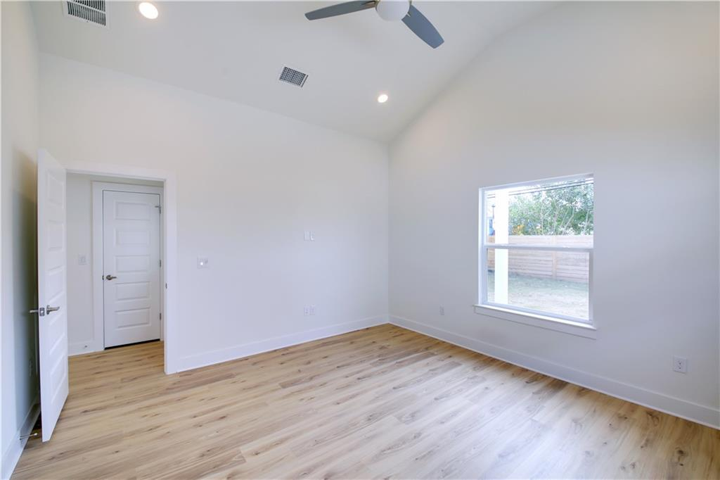 Closed | 1209 E Saint Johns Avenue #A Austin, TX 78752 18