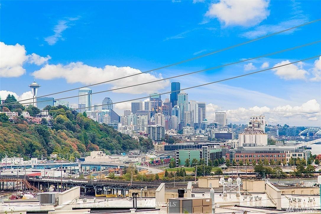 Sold Property | 2324 W Newton #301 Seattle, WA 98199 1