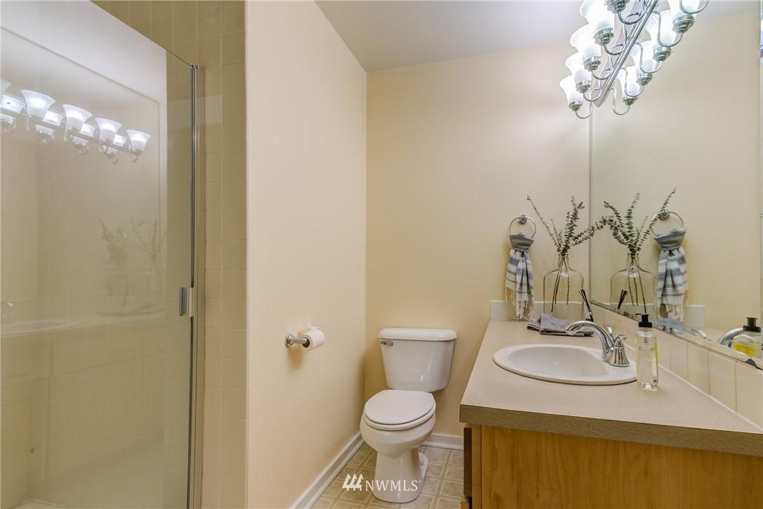 Sold Property | 2324 W Newton #301 Seattle, WA 98199 8