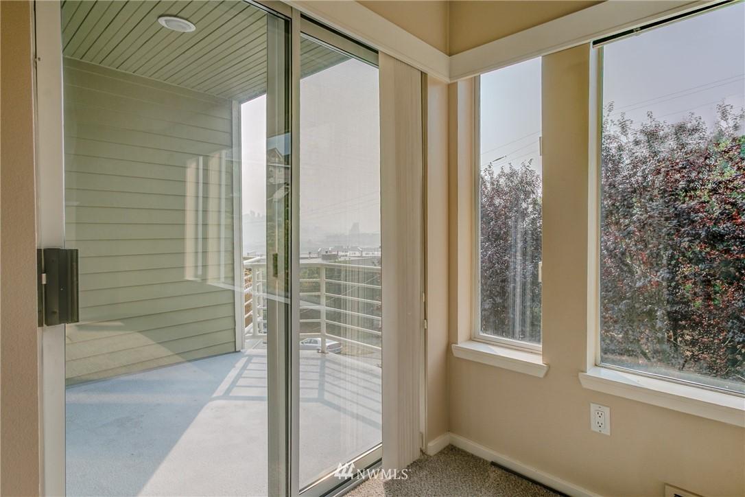 Sold Property | 2324 W Newton #301 Seattle, WA 98199 20