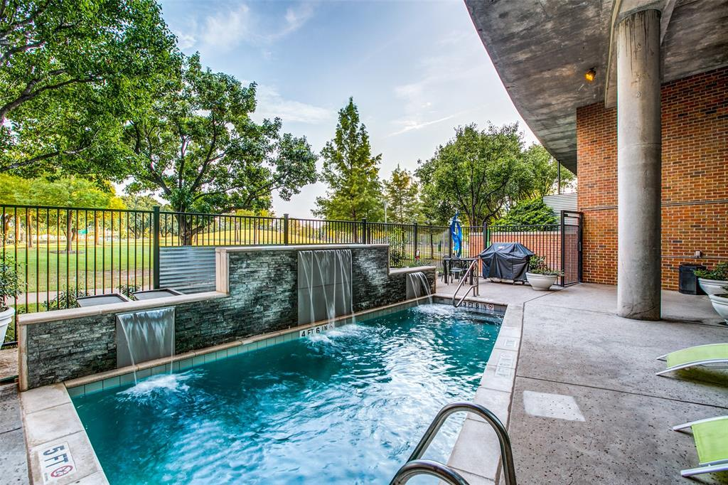 Active | 3110 Thomas Avenue #923 Dallas, Texas 75204 11