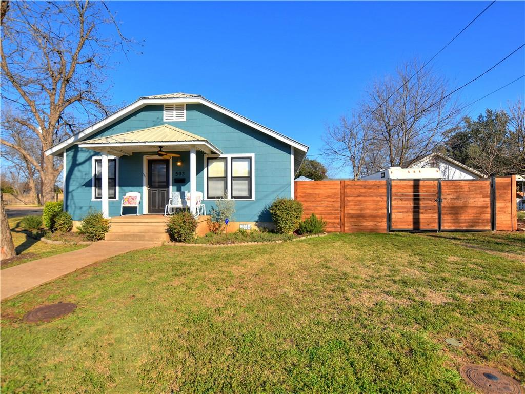 Closed | 503 S Walnut Street Georgetown, TX 78626 2