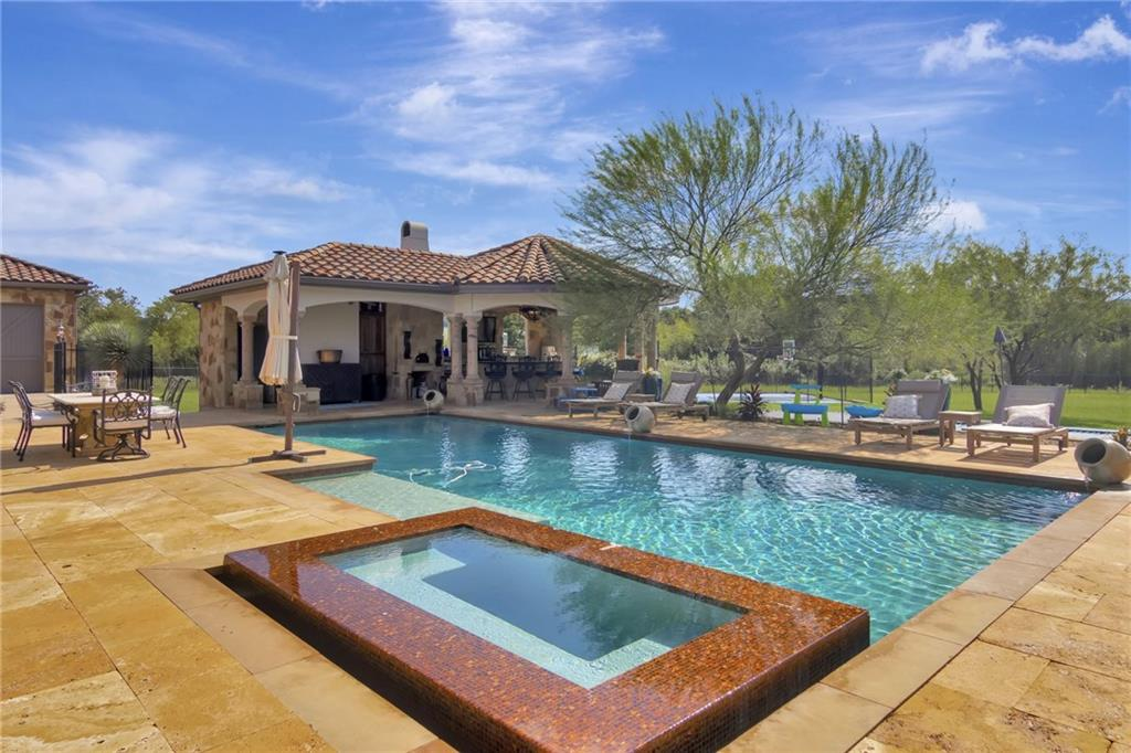 Active | 12915 Shore Vista Drive Austin, TX 78732 24