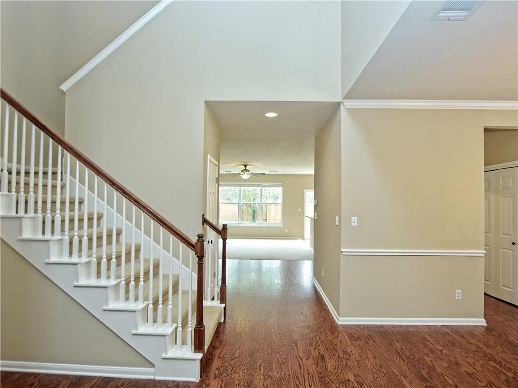 Closed   2912 Persimmon Valley Trail Austin, TX 78732 4
