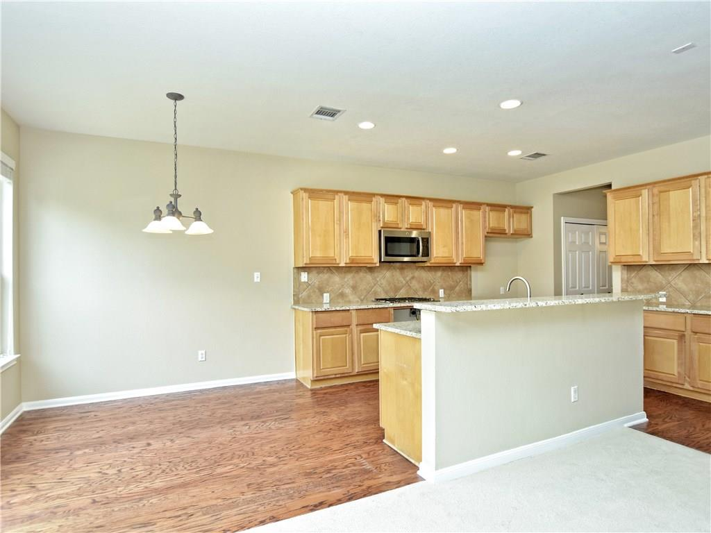 Closed   2912 Persimmon Valley Trail Austin, TX 78732 10