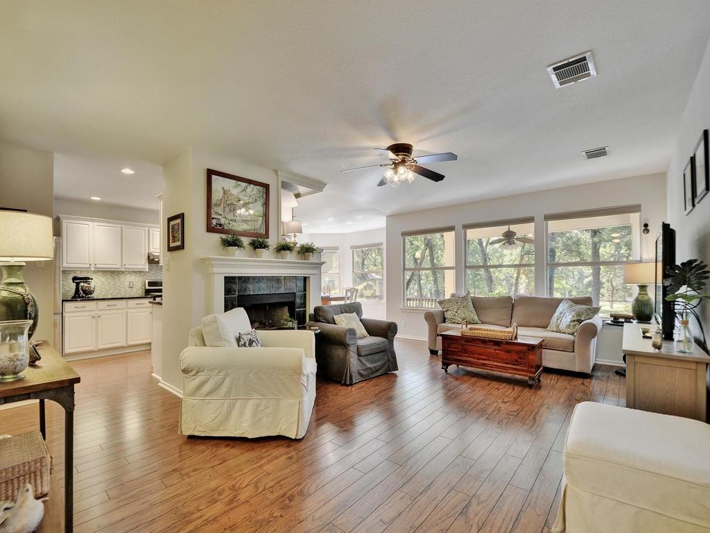 Closed | 112 CANYON Road Georgetown, TX 78628 3