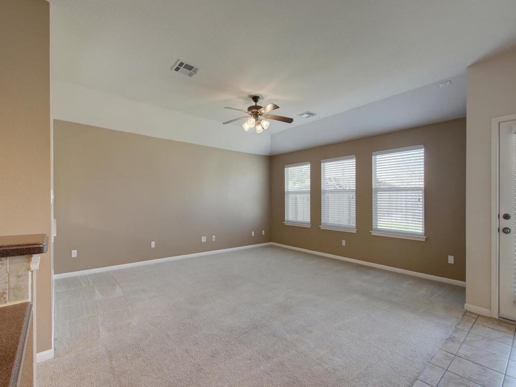 Closed   18800 Wind Valley Way Pflugerville, TX 78660 4