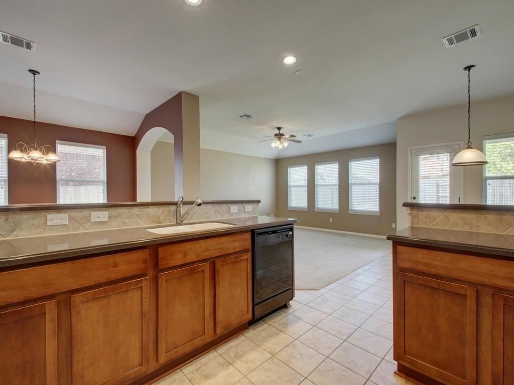 Closed   18800 Wind Valley Way Pflugerville, TX 78660 8