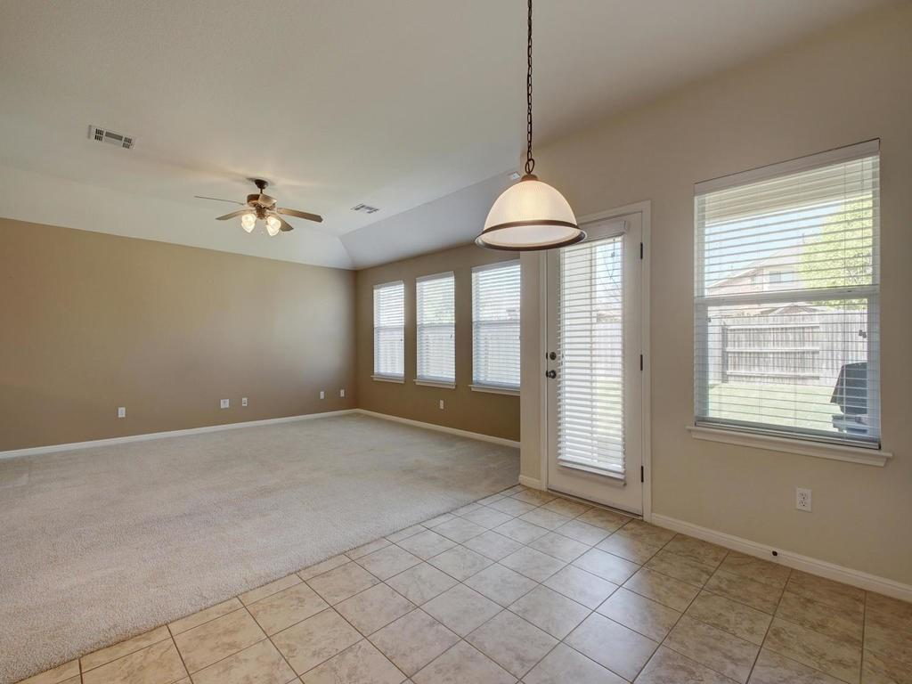 Closed   18800 Wind Valley Way Pflugerville, TX 78660 12