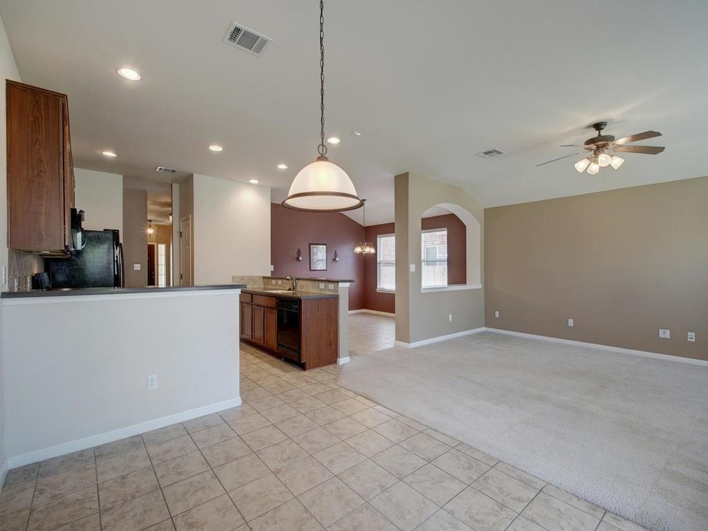 Closed   18800 Wind Valley Way Pflugerville, TX 78660 13