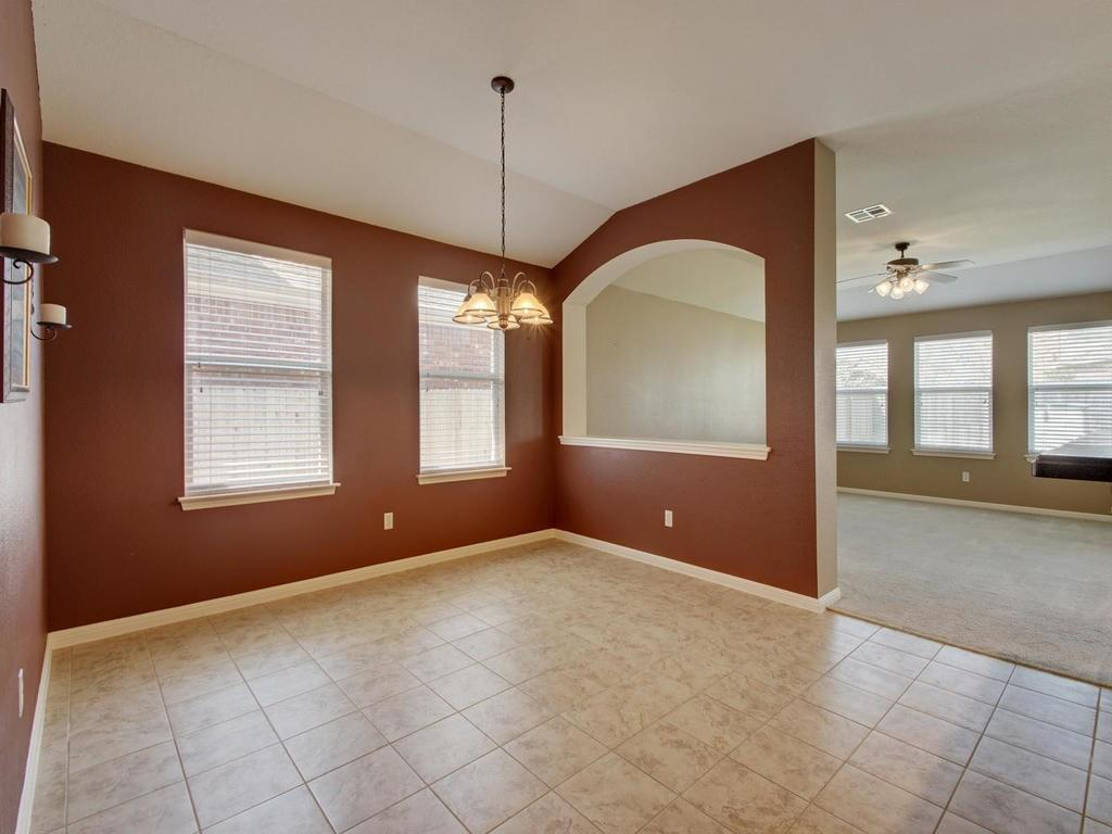 Closed   18800 Wind Valley Way Pflugerville, TX 78660 14