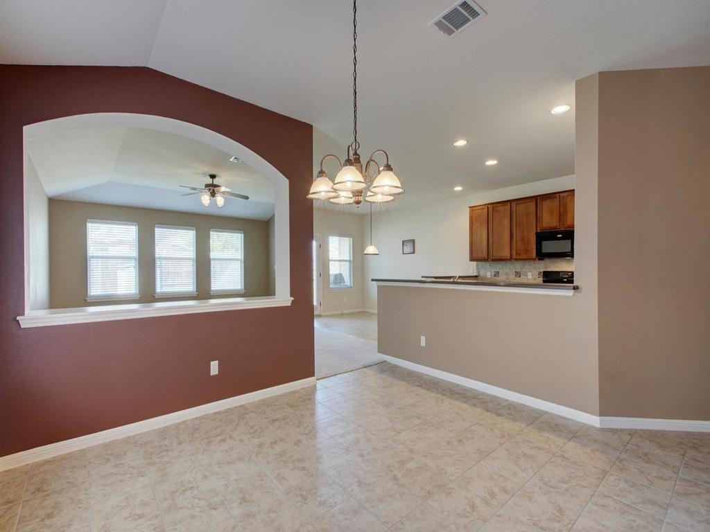 Closed   18800 Wind Valley Way Pflugerville, TX 78660 15