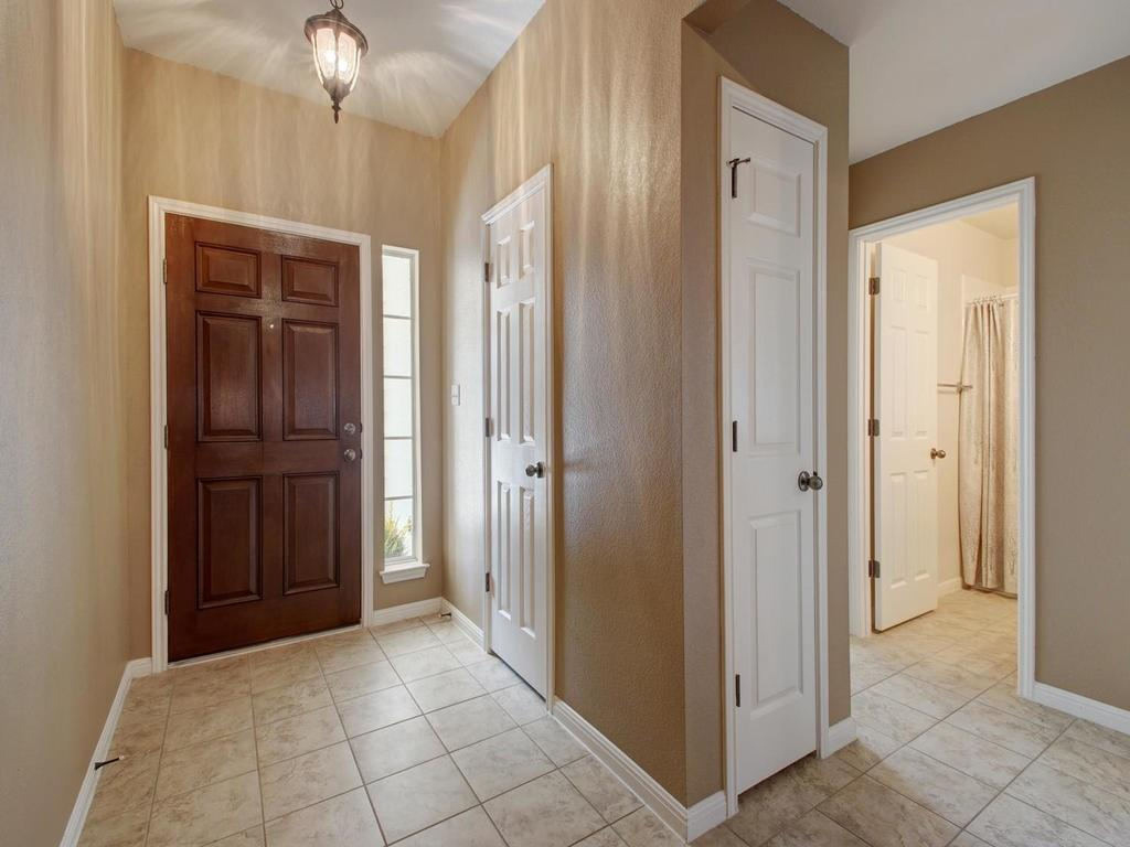 Closed   18800 Wind Valley Way Pflugerville, TX 78660 16