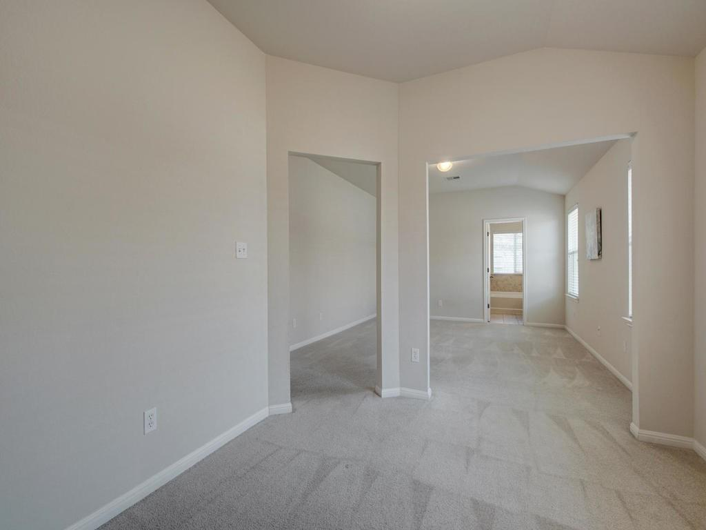 Closed   18800 Wind Valley Way Pflugerville, TX 78660 20