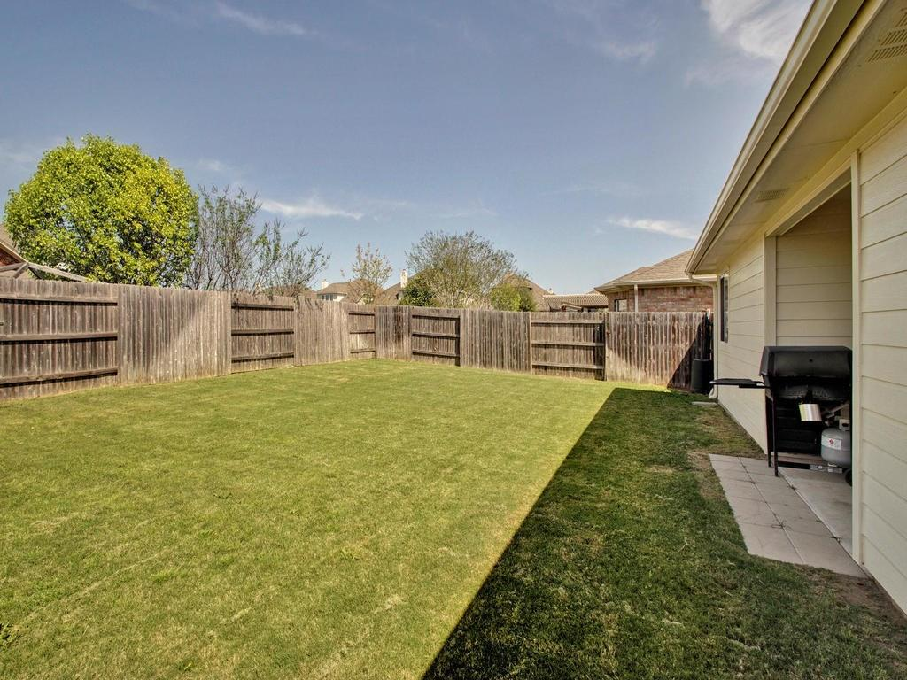 Closed   18800 Wind Valley Way Pflugerville, TX 78660 30