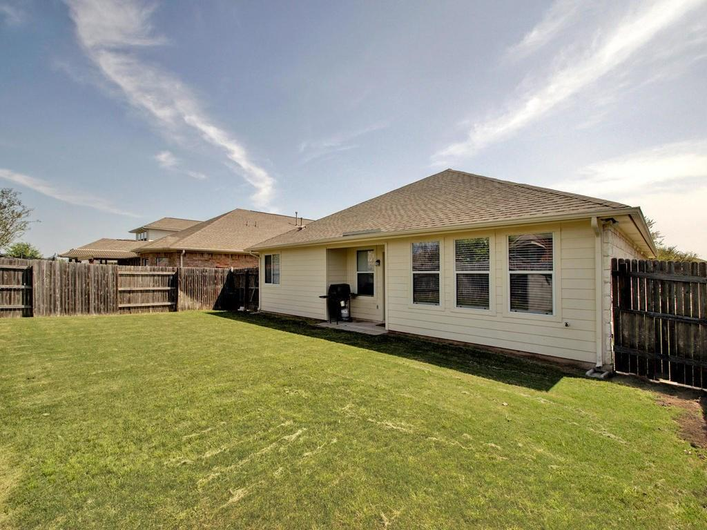 Closed   18800 Wind Valley Way Pflugerville, TX 78660 31