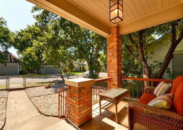 Closed | 4420 MARATHON Boulevard Austin, TX 78756 2