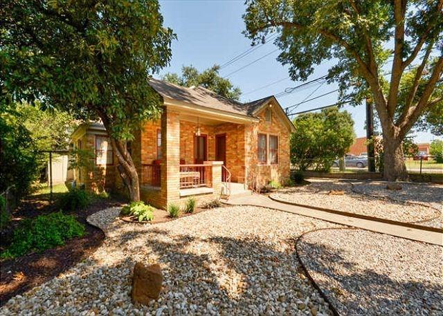 Closed | 4420 MARATHON Boulevard Austin, TX 78756 15