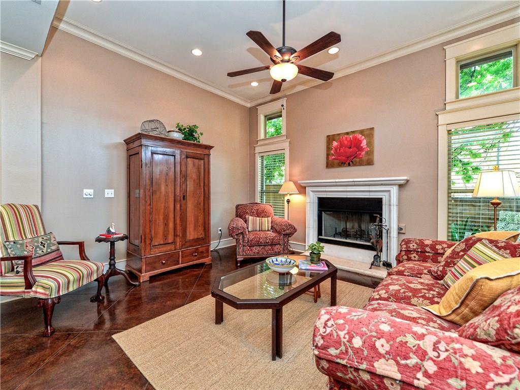Closed | 5600 Jim Hogg Avenue #D Austin, TX 78756 5
