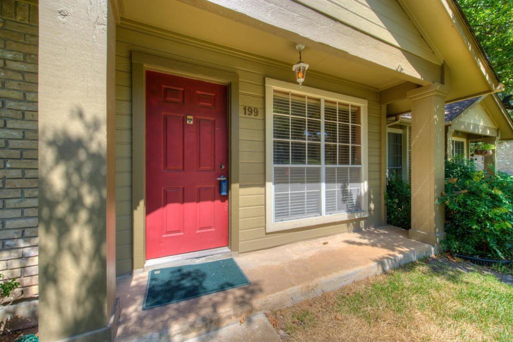 Closed | 1015 E Yager Lane #199 Austin, TX 78753 1