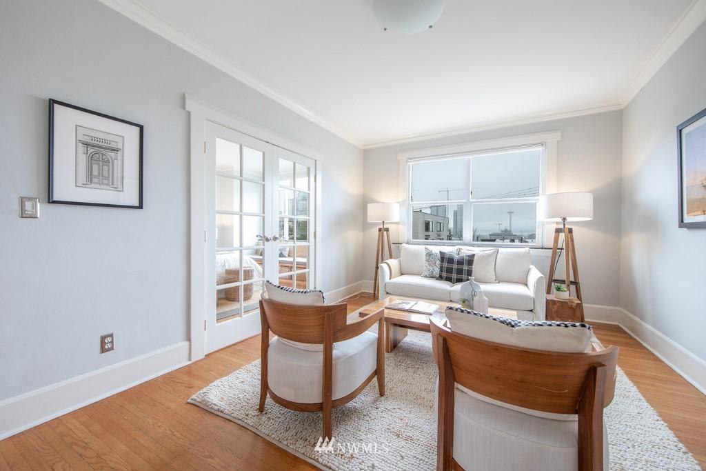 Sold Property | 214 Summit Avenue E #402 Seattle, WA 98102 8