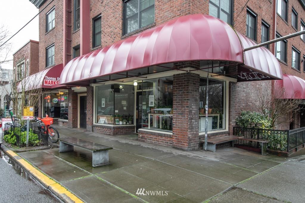 Sold Property | 214 Summit Avenue E #402 Seattle, WA 98102 33