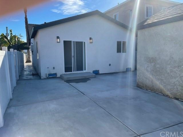Closed | 1107 E 114th Street Los Angeles, CA 90059 12
