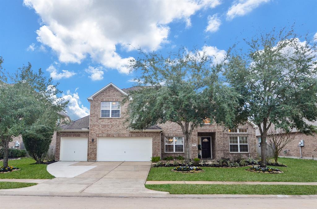 Off Market | 12504 Pepper Creek Lane Pearland, Texas 77584 1