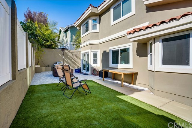 Closed | 2208 Huntington Lane #B Redondo Beach, CA 90278 12