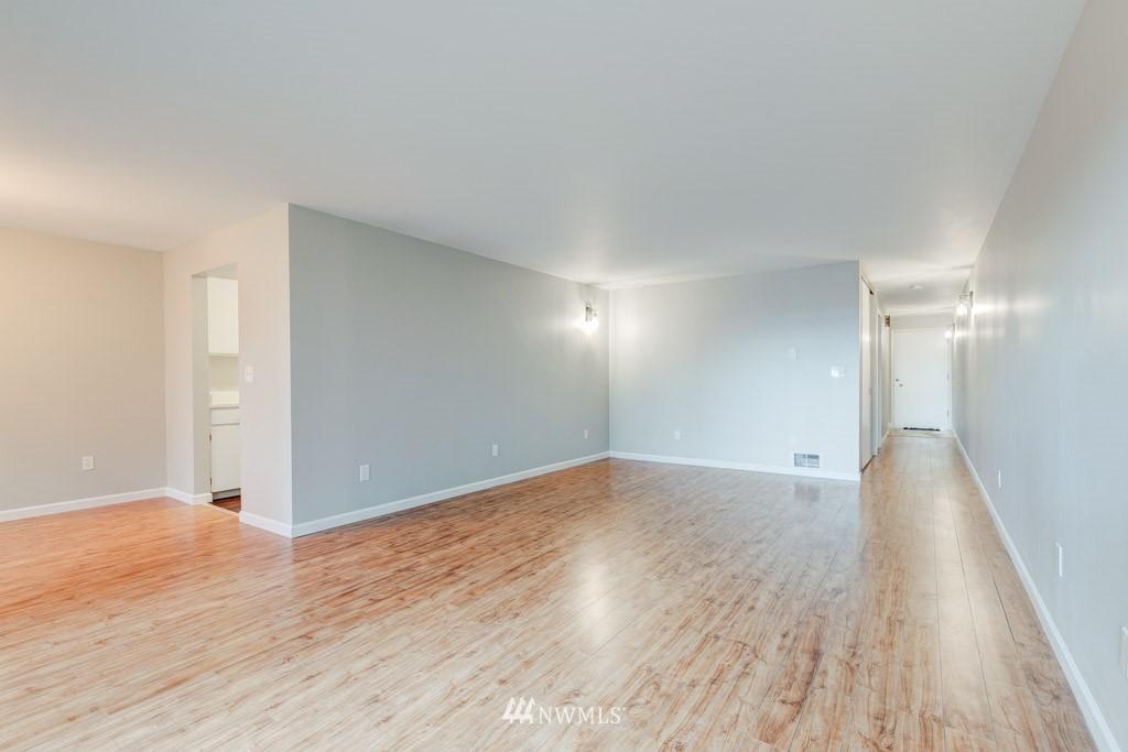 Sold Property   11515 Greenwood Avenue N #F Seattle, WA 98133 11