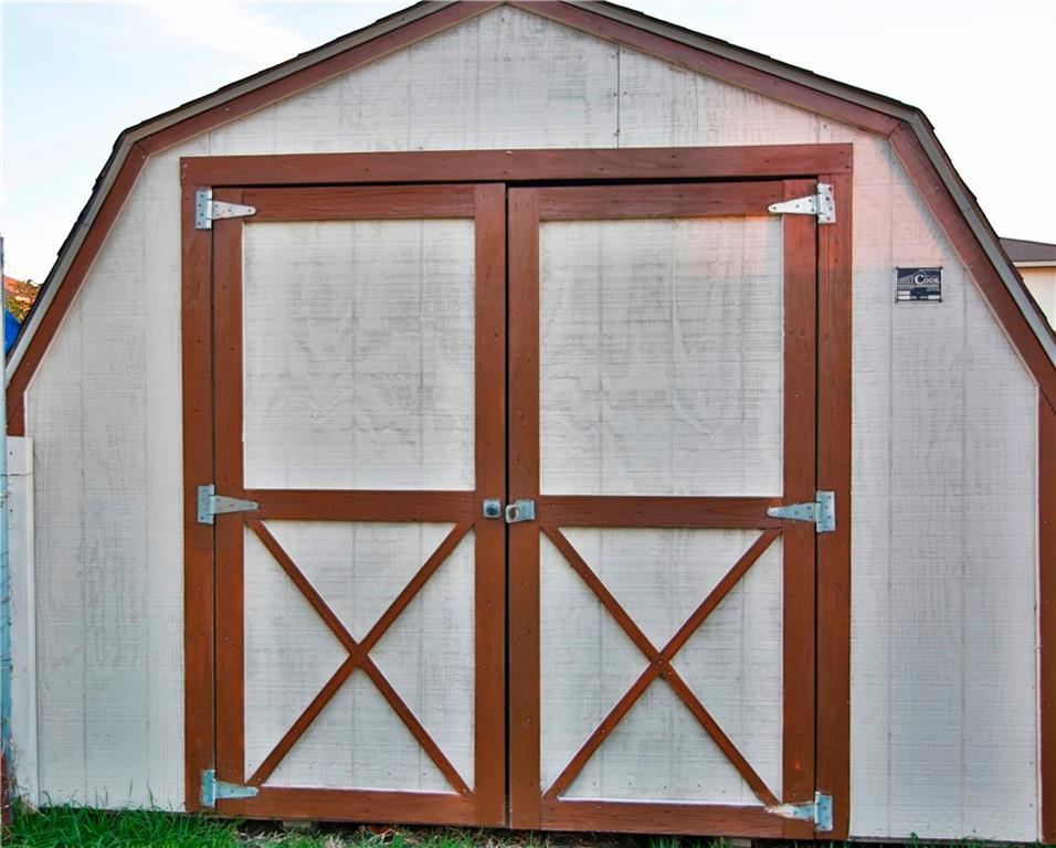 Closed | 115 Phillips Street Hutto, TX 78634 16