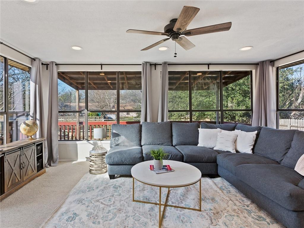 Closed | 1002 Great Oaks Cove Round Rock, TX 78681 12