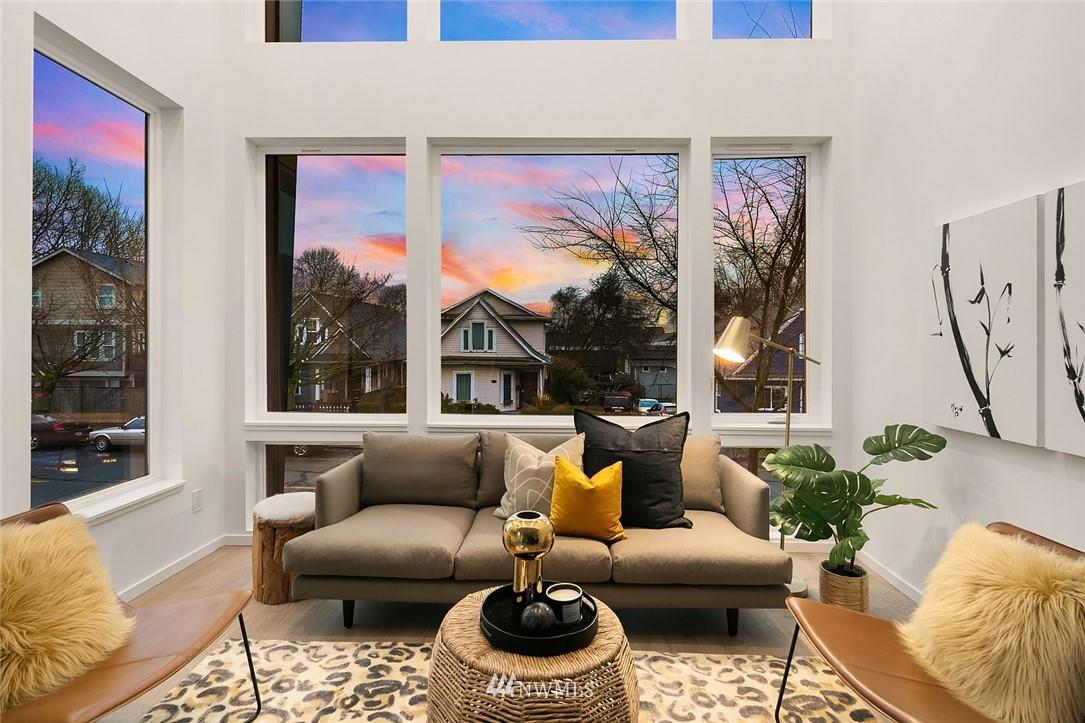 Sold Property   2610 E Yesler Way Seattle, WA 98122 3